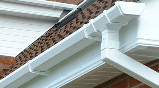 gutters and downpipes replace